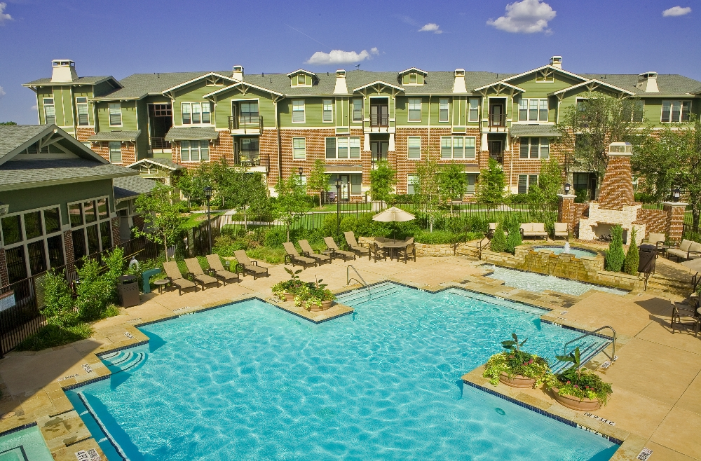 The Berkeley Luxury Apartment Homes Fort Worth Tx
